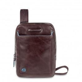 Organised shoulder pocketbook with