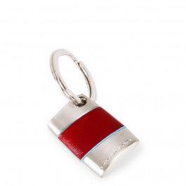 Ovaler Schlüsselhänger mit einem Ring