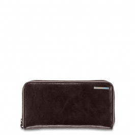 Zippered women's wallet with four dividers,